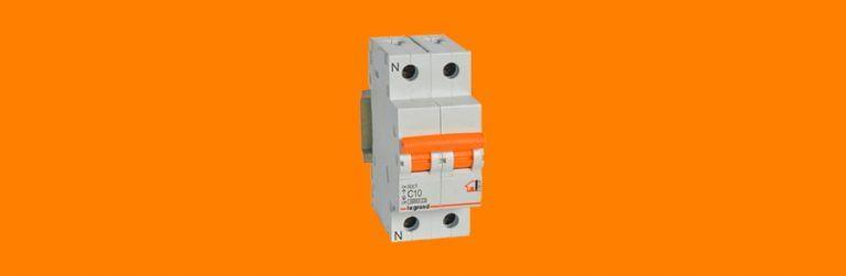 Interruptor general automático